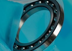 Bearing packaged in VCI blue film bag with VCI corrosion prevention