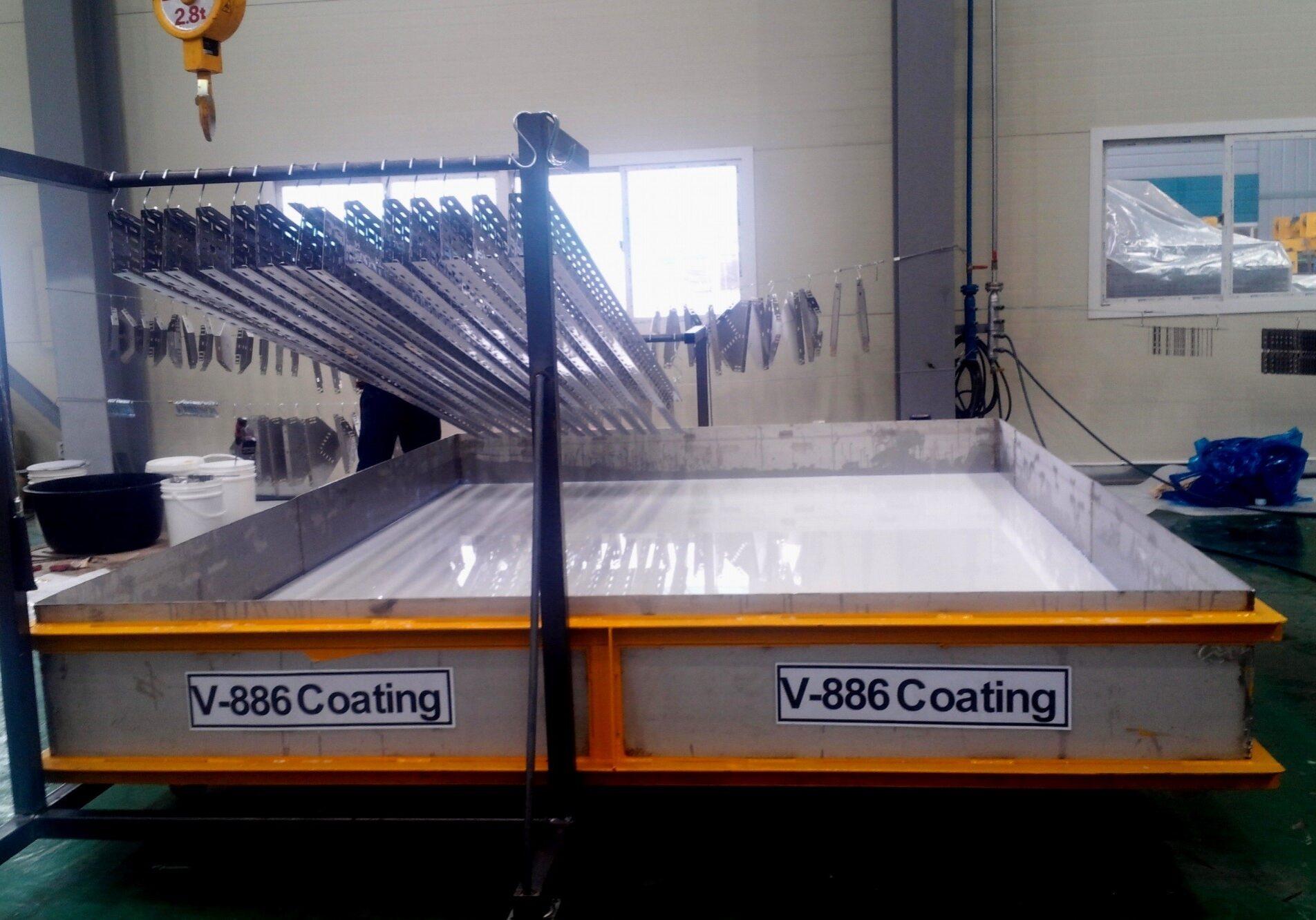 Coating steel beams in VCI liquid bath