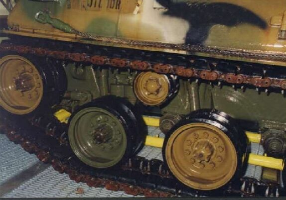 Rubber track assembly on a military tank